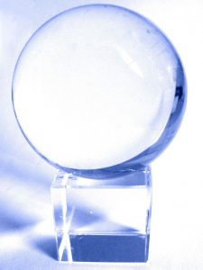 1200px-Glaskugel_CrystalBall